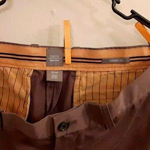 Gap Khakis classic- Straight fit